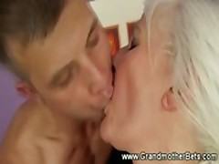 Horny granny lovs to lick and fuck