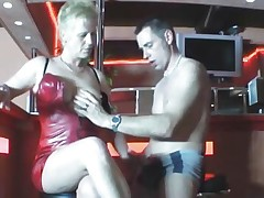 Hot mommy shacking up on touching collaborate