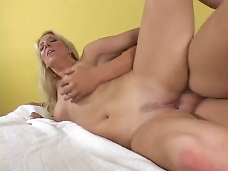Blonde slut mom Fucks Young boy