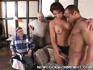 Cock Starving Glam Wife Vanessa Does Blowjob!