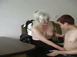 Young Boy fucking Horny Milf