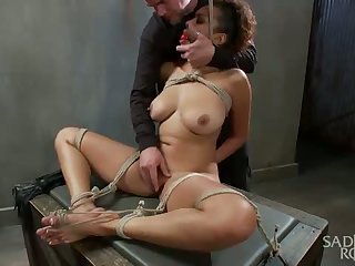 Young whore with huge pointer sisters is tied and..