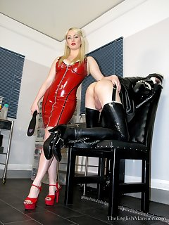 <!–-IMAGE_COUNT-–> of Rubber Maid Penance