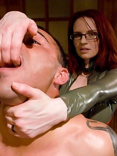 12 of The mistress enjoying a painsex action