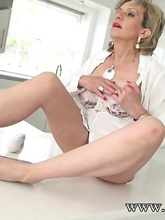 12 of Watching Aunt Sonia Squirt Very Hard!