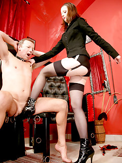 <!–-IMAGE_COUNT-–> of MISTRESS ARELLA IN THE OWK