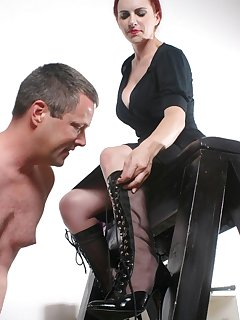 <!–-IMAGE_COUNT-–> of Slave uncordes boots by mouth